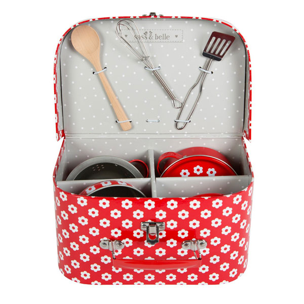 red-daisies-play-cooking-set-eco-friendly-childrens-toy-2