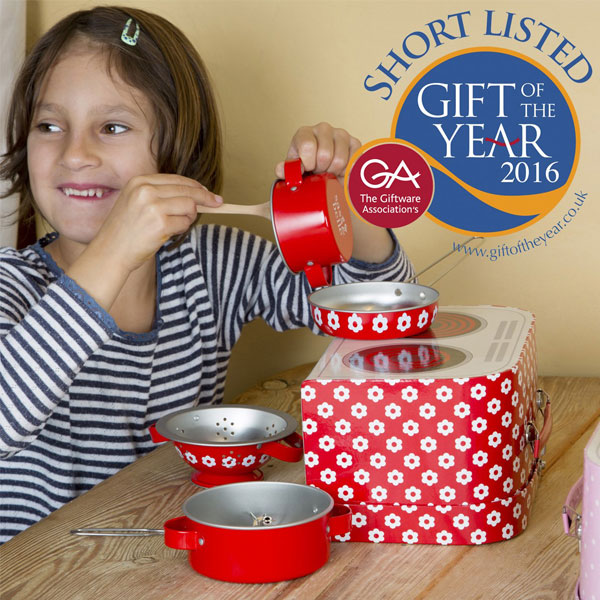 red-daisies-play-cooking-set-eco-friendly-childrens-toy-3